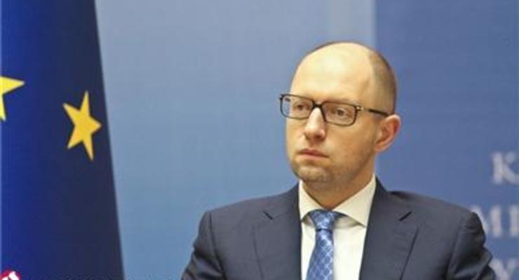 Завтра Рада рассмотрит законы для реструктуризации долга - Яценюк