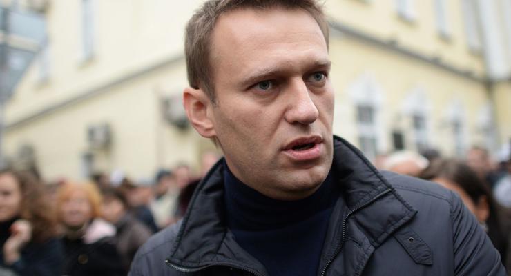 Навальный извинился за то, что недооценил стоимость особняка Пескова