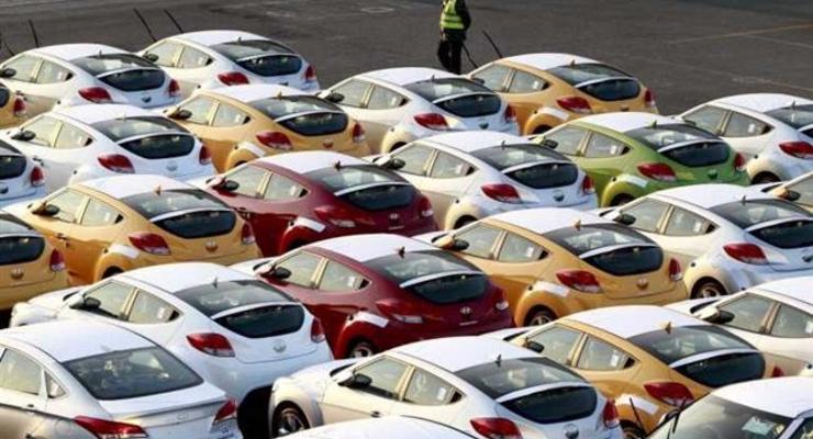 С сегодняшнего дня отменяется спецпошлина на импорт авто