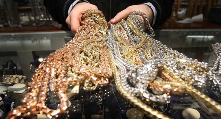 Ахметов научился добывать из Укртелекома золото и серебро