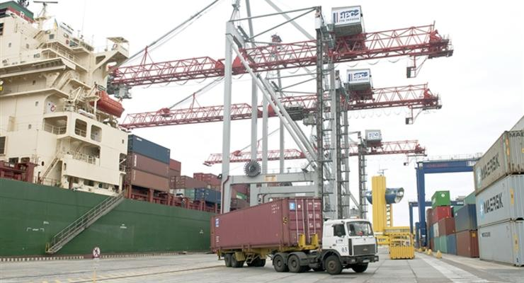 В портах значительно сократят время таможенного оформления грузов