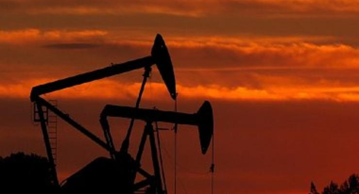 Цены на нефть на торгах обвалились ниже $34 за баррель