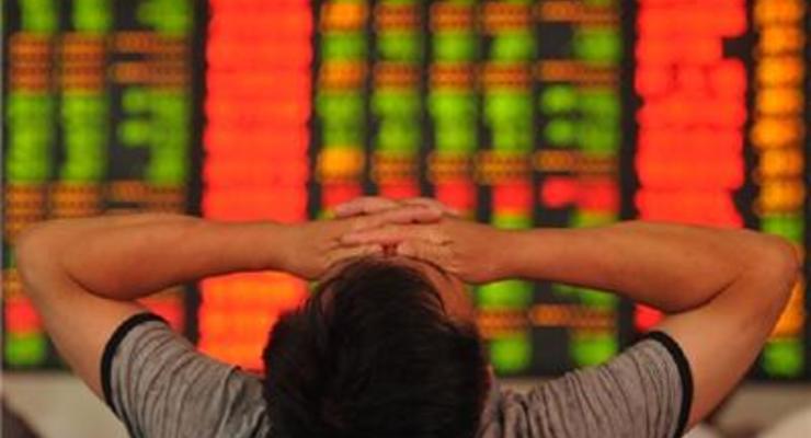 На китайских биржах снова падают котировки