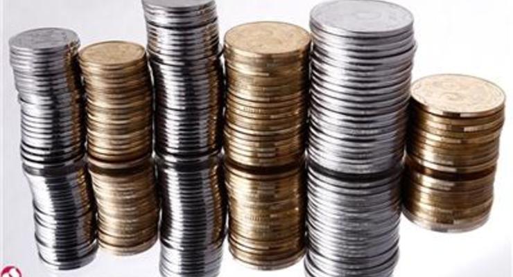 За год валютные депозиты украинцев уменьшились на треть