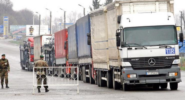 Фуры с российским товаром для Молдовы застряли в Украине