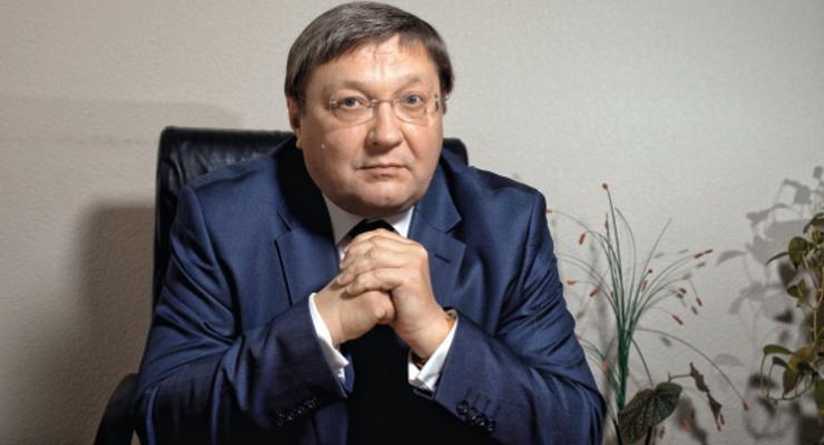 Валютные спекуляции стали самым выгодным бизнесом в Украине - Суслов