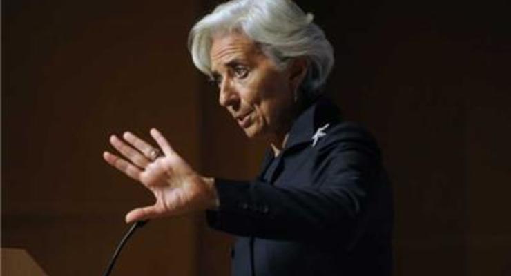 МВФ допускает сворачивание программы сотрудничества с Украиной