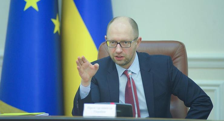 Четыре компании хотят сорвать тендер по питанию для ВСУ - Яценюк