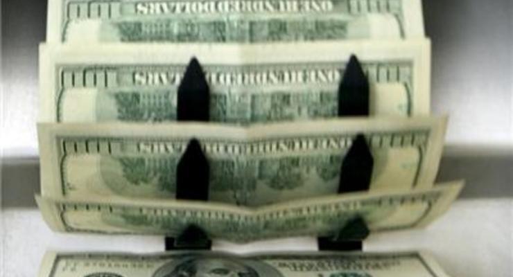Межбанковский курс доллара снова опустился до 26 грн