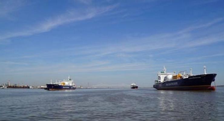 Первый сланцевый газ из США прибыл в Европу