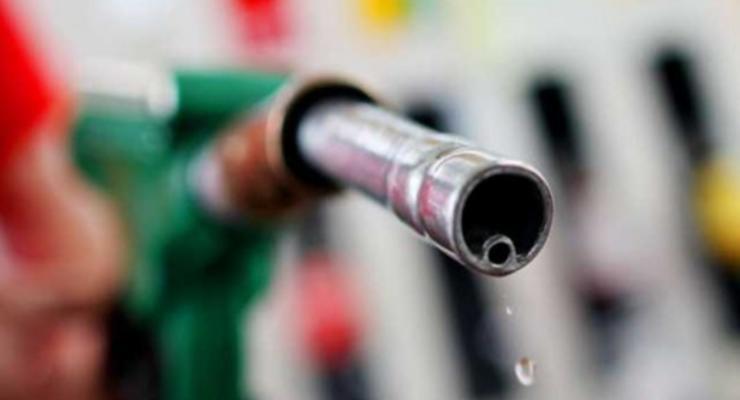 Чиновники хотели закупить некачественное дизтопливо на 250 млн