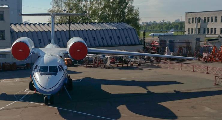 На Киевском авиаремонтном заводе протестовали против директора