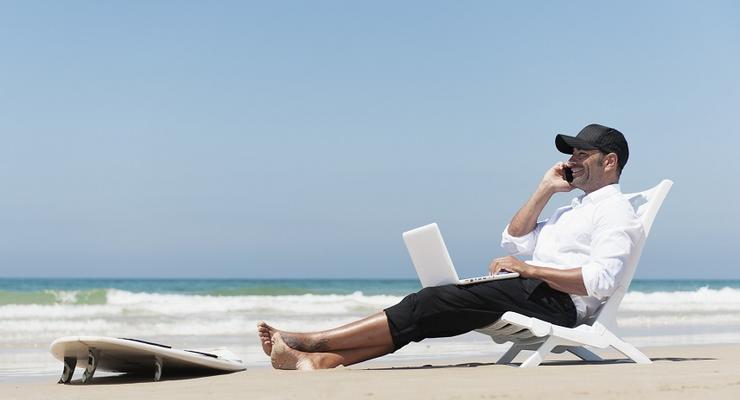 Работа мечты: 10 компаний, которые доплачивают сотрудникам за отпуск