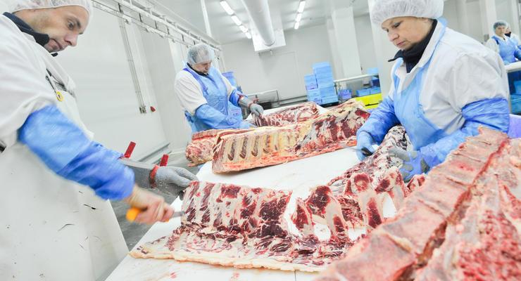Китай не сможет обеспечить себя мясом до 2020 года