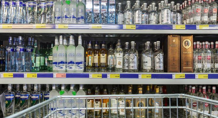 Кабмин опубликовал повышенные цены на алкоголь