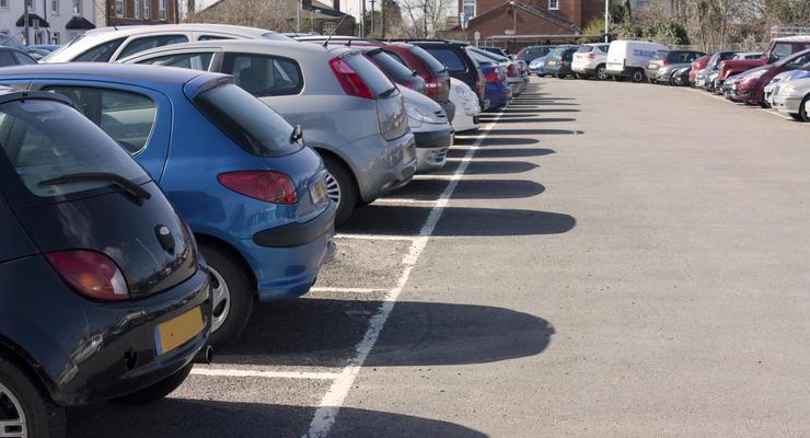 В Украине повысят пошлины на импортные авто
