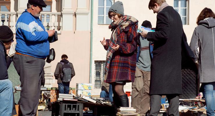 В налоговой хотят взять под контроль мелкие покупки украинцев