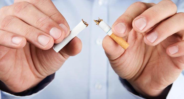 Киев хочет в 100 раз увеличить штрафы за курение в неположенных местах
