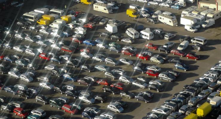 В Китае запретят производство 553 моделей легковых автомобилей