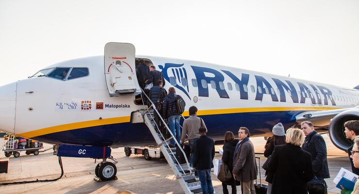 Ryanair может начать летать в Украину раньше ожидаемого - Порошенко