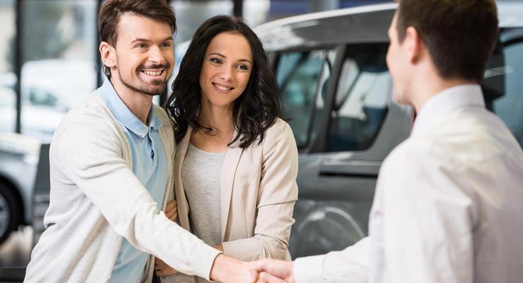 В Украине упали продажи новых авто