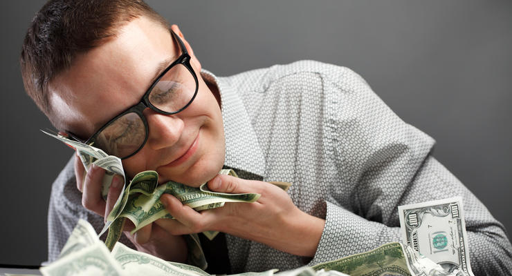 Какие зарплаты получили министры Украины в июле-2018