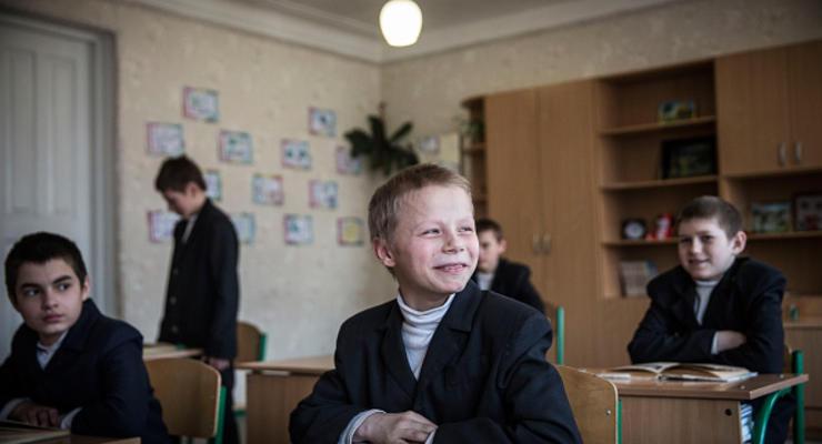 Повышения зарплат педагогам в 2019 году не обещаю - Гриневич
