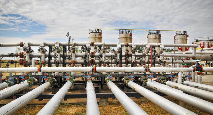 Украина наполовину заполнила газовые хранилища