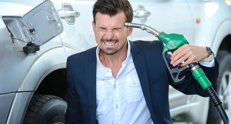 За литр 40 гривен: Сколько будет стоить бензин в Украине