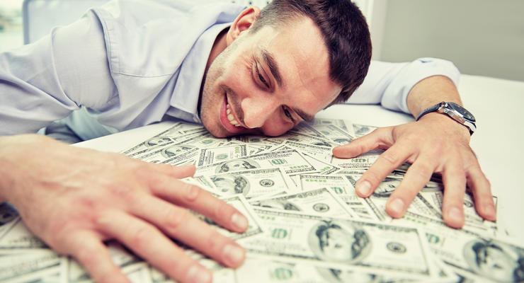 День босса: Сколько зарабатывают начальники в Украине