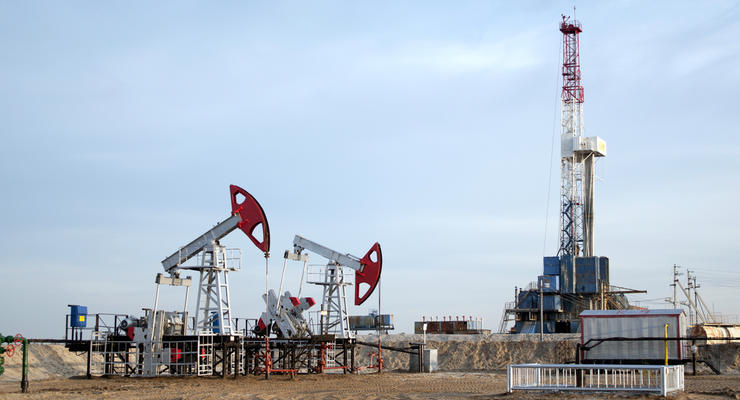 Нефть подешевела на 10 долларов за три недели