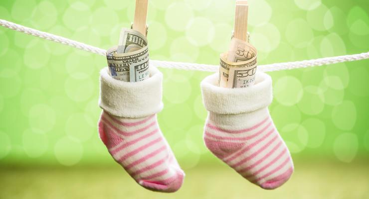 """""""Деньги не пахнут"""": Британка заработала 100 тыс фунтов, продавая свои грязные носки"""