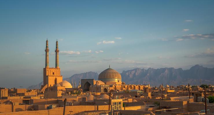 SWIFT отключила центробанк Ирана