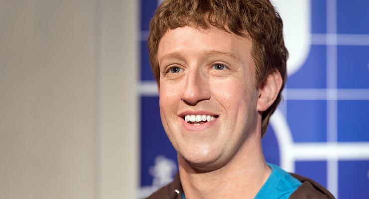 """Цукерберг предупредил топ-менеджеров Facebook о работе """"в условиях войны"""""""