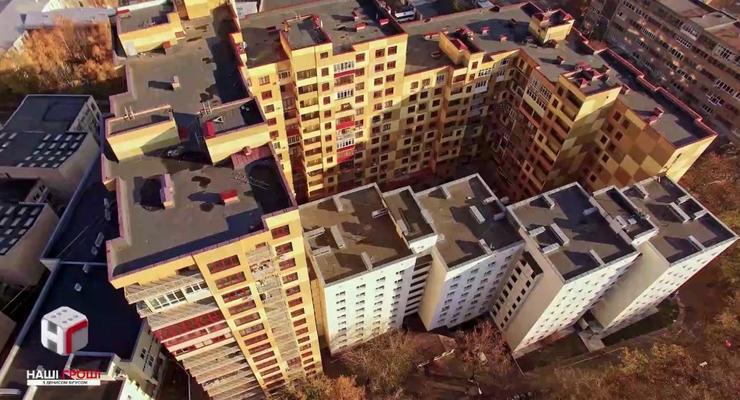 Университет Поплавского построил дома для депутатов вместо общежитий студентов - СМИ