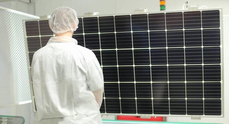 В Виннице открыли завод производства солнечных панелей
