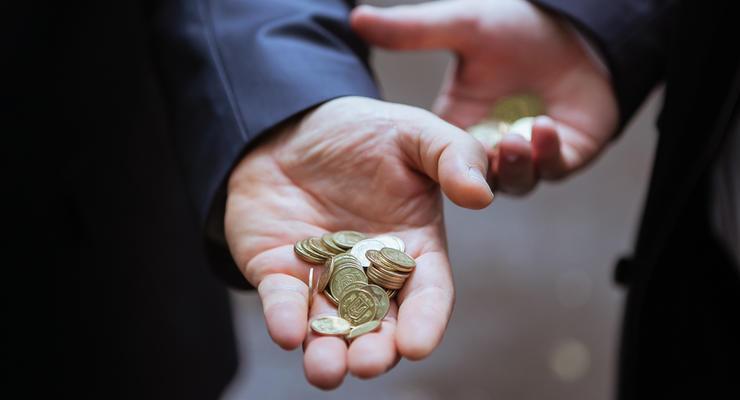 Нацбанк ограничит сферу использования наличных до 15 тыс грн