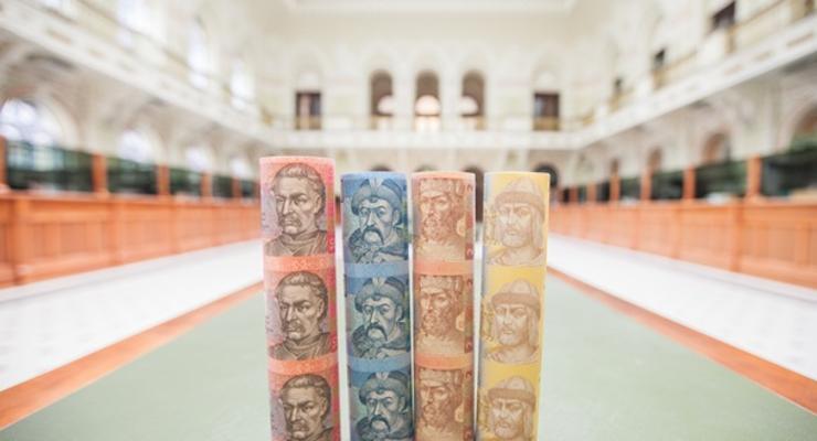 За месяц гривна укрепилась на 3,2% - НБУ