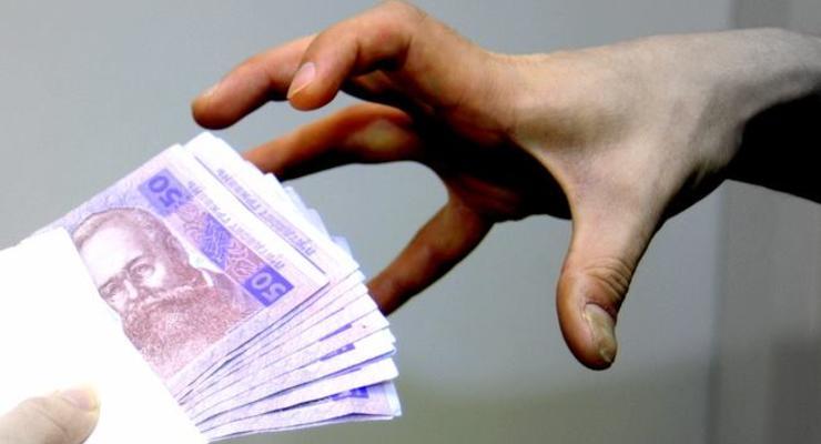 Кому в Украине повысили зарплаты: Инфографика