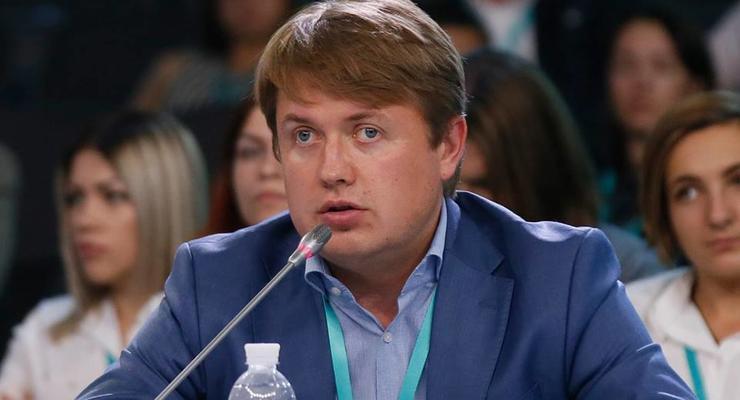 """У Зеленского обвинили Кабмин в """"работе"""" на Ахметова"""