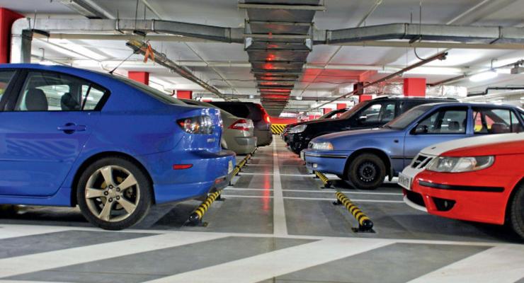 Многоуровневые подземные паркинги будут строить в общественных зданиях