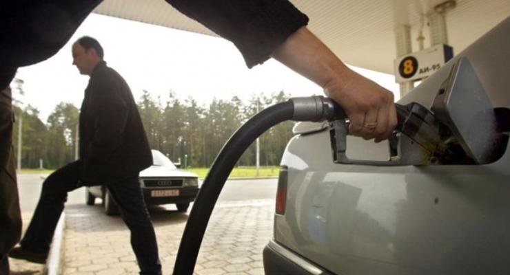 Чем дальше, тем больше: Топливо в Украине может подорожать из-за РФ