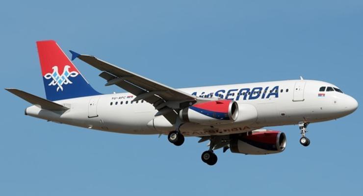 Украина и Сербия возобновили прямое авиасообщение