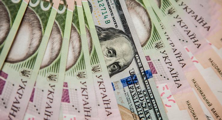 В Кабмине планируют рост доллара к 2022 году до 30,7 грн/долл