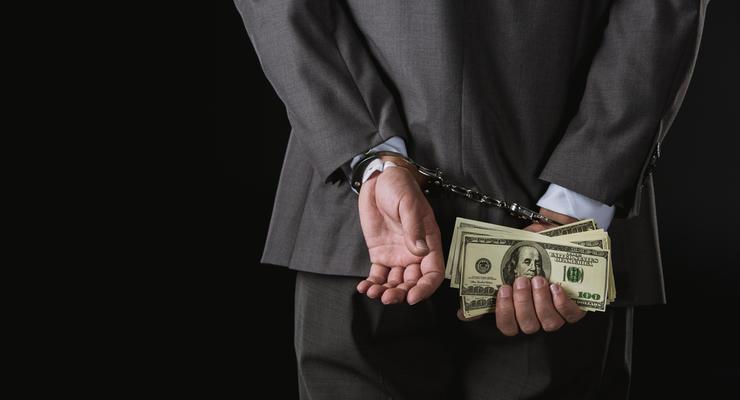 """Слуга народа уничтожит """"системную коррупцию"""" конфискацией имущества"""