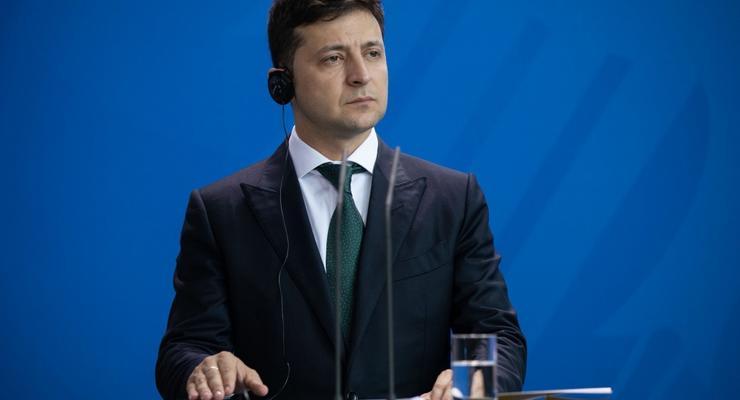 Зеленский решил, как наказывать депутатов за прогулы заседаний