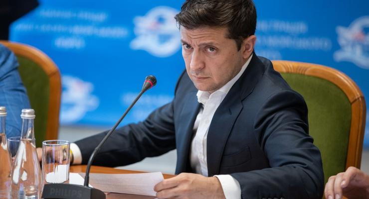 Сколько Зеленский заработал за первые два месяца на посту президента