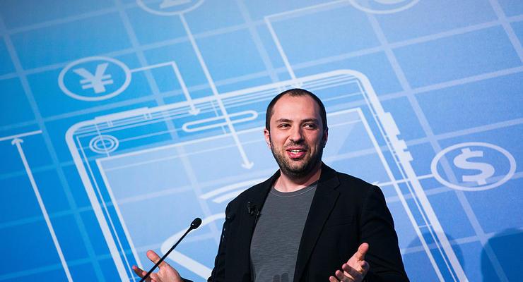 Украинец, создавший WhatsApp, купил роскошный особняк в США за 100 млн долл