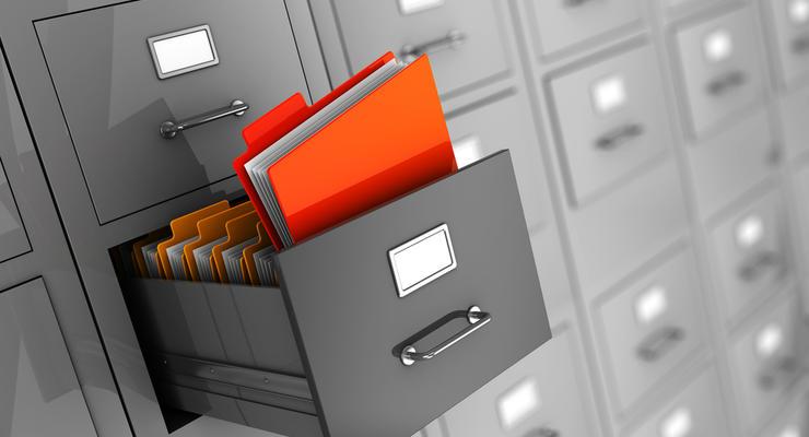 Приватбанк сделал заявление: Неизвестные  пытаются завладеть документами банка
