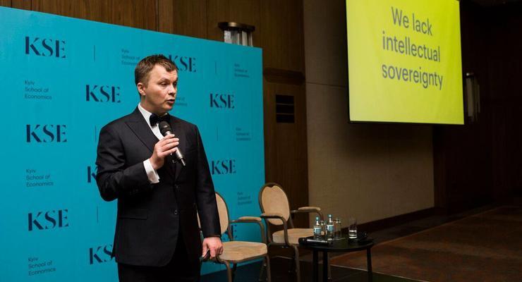 Укрспирт будет приватизирован - министр Милованов